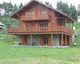 LOUROUZA charme d'une cheminée, grand confort, vue panoramique...