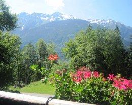 Chalet dans le Pays du Mont Blanc  à proximité  de l'espace diamant et des SAISIES.
