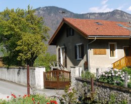 Maison avec grand jardin à proximité de Valmorel et Doucy