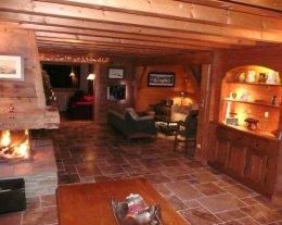 Chalet de luxe traditionnel en bois très belle vue