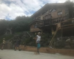 Chalet  7 chambres, 4 SDB, cheminée, sauna, navette