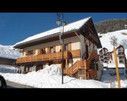 LA GODILLE 1 A 50m du rassemblement de l'Ecole de Ski