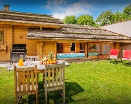 Chalet Flocon Magique, superbe location pour 12 avec sauna, spa et piscine intérieure