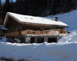Le Perrey 1 - Design avec vue sur montagne et village. Terrasse Sud avec piscine, pistes ski aux pieds