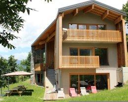 Espace, design, vue, cheminée, sauna, confort au chalet 4* le 1000 Thabor