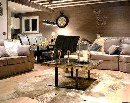 Luxueux Chalet pour 8 personnes, idéalement situé, au calme, WIFI Gratuit, Classé 4*