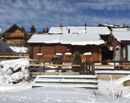 Confortable en bois pied des pistes Pyrénées 2000 - 9 personnes - WIFI -OFFRE SEMAINE 29/02/2020