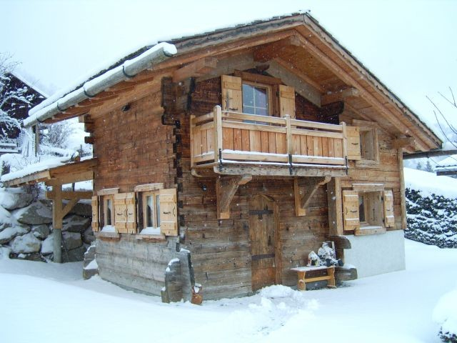 location chalet individuel le mazot praz sur arly. Black Bedroom Furniture Sets. Home Design Ideas