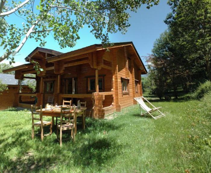 location mobil home l 39 escapade chalet reine des pr s font romeu 2911 chalet. Black Bedroom Furniture Sets. Home Design Ideas