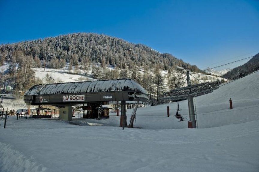 location chalet individuel chalet la cordee au pied des pistes avec sauna la plagne 3037