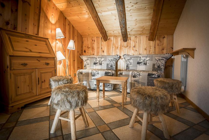 location chalet individuel location chalet 15 personnes 224 5 km de la rosi 232 re en savoie ski la