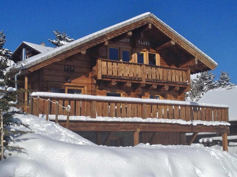 Location chalet de luxe chalet 4 pied des pistes la joue - Chalet de montagne luxe rkd architecte ...