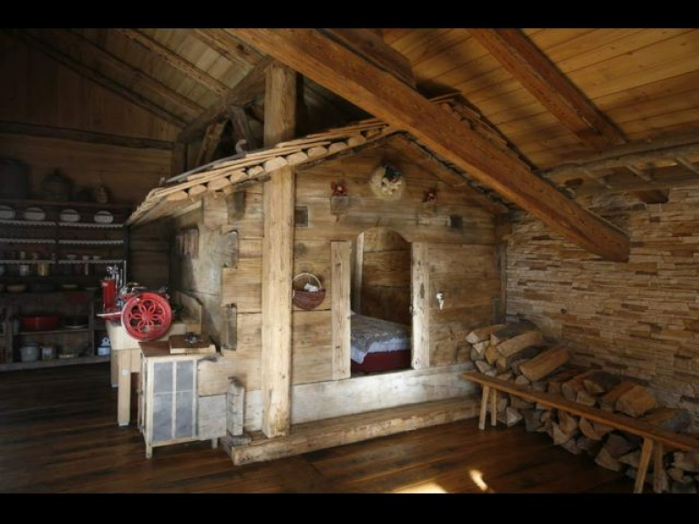 Location chalet isol alpage pistes for t chalet - Interieur chalet savoyard ...