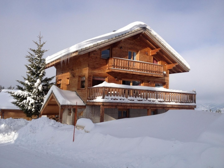 location chalet de luxe chalet 3 le lagopede 400m des. Black Bedroom Furniture Sets. Home Design Ideas