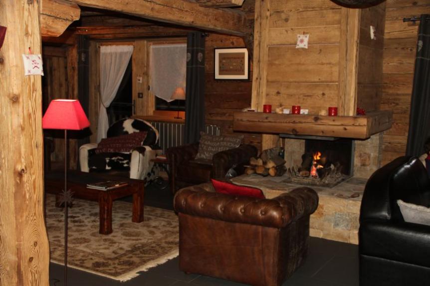Location chalet de luxe chalet le grenier les saisies 9411 chalet - Chalet cheminee montagne ...