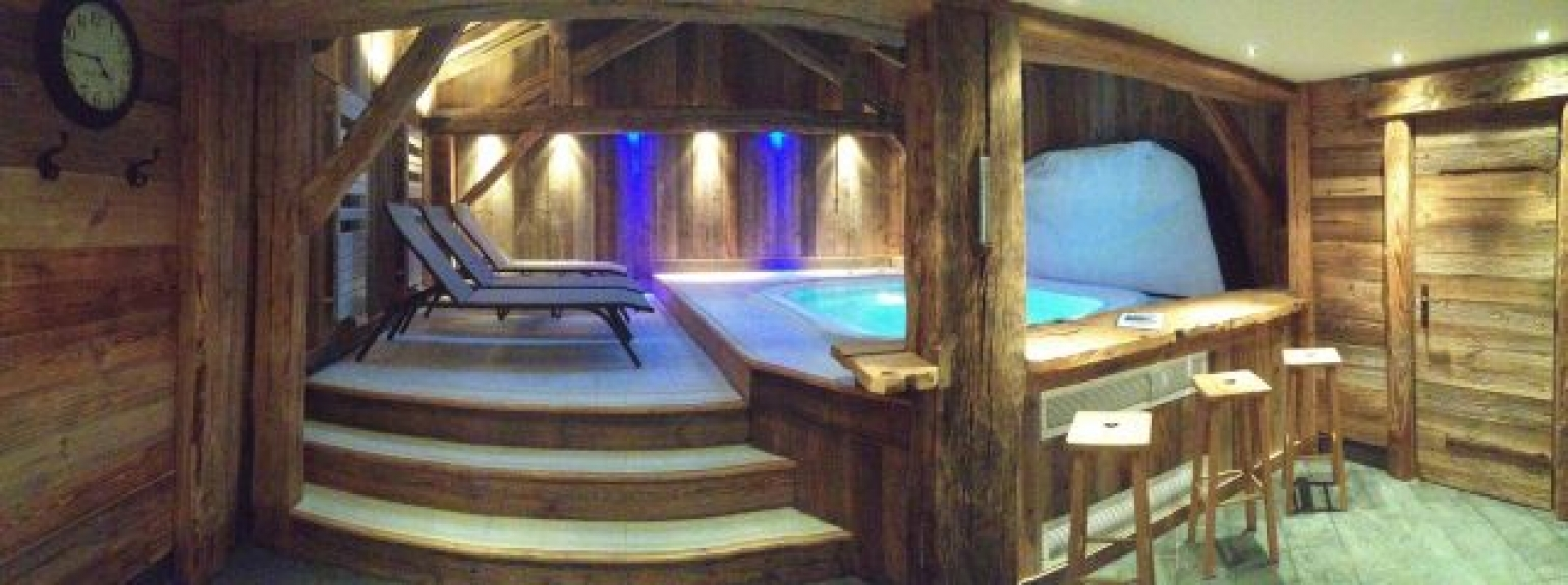 location chalet individuel chalet hammam sauna jacuzzi champagny en vanoise 12608 chalet. Black Bedroom Furniture Sets. Home Design Ideas