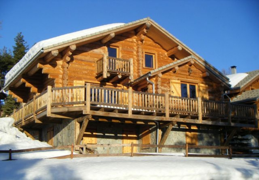 location chalet de luxe chalet le refuge la joue du loup 12750 chalet. Black Bedroom Furniture Sets. Home Design Ideas