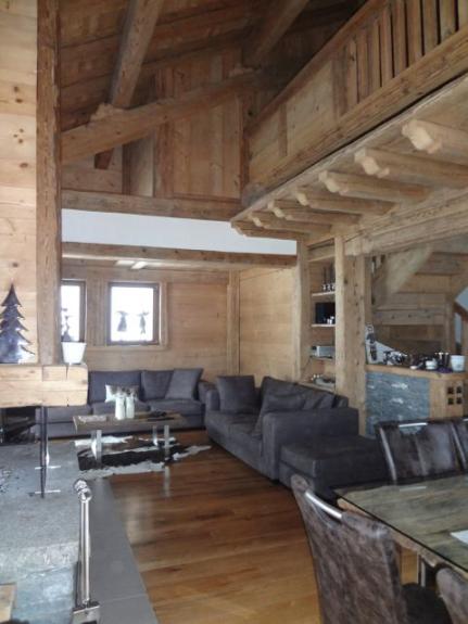 Location chalet de luxe chalet cocoon demeure de luxe en vieux bois avec esp - Construction chalet montagne ...