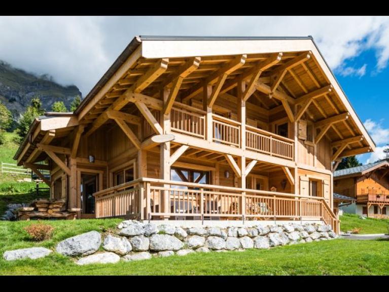 location chalet individuel chalet la canop e sauna. Black Bedroom Furniture Sets. Home Design Ideas